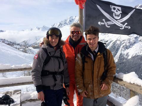 Внетрассовое катание в Ле Гран Монте с двумя пиратами  в «Море льда» (Ледник Mer de Glace)