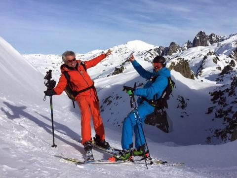 Let's dance today, with your ski instructor facing Mont Blanc